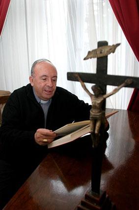 Monseñor Tomás González, sdb.