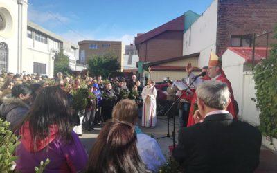 Celebración de domingo de ramos en Punta Arenas