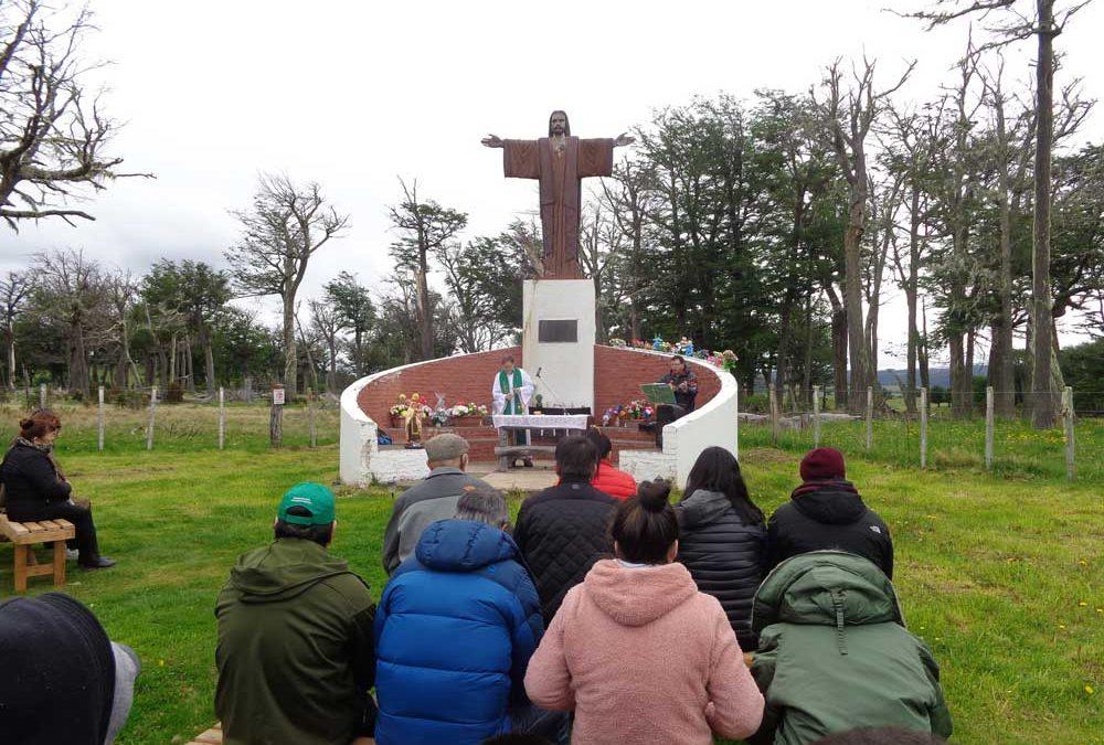 Misa en el Cristo del camino