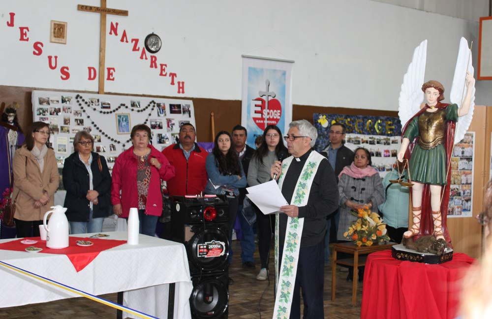 Exposición «100 años caminando junto al señor» parroquia San Miguel