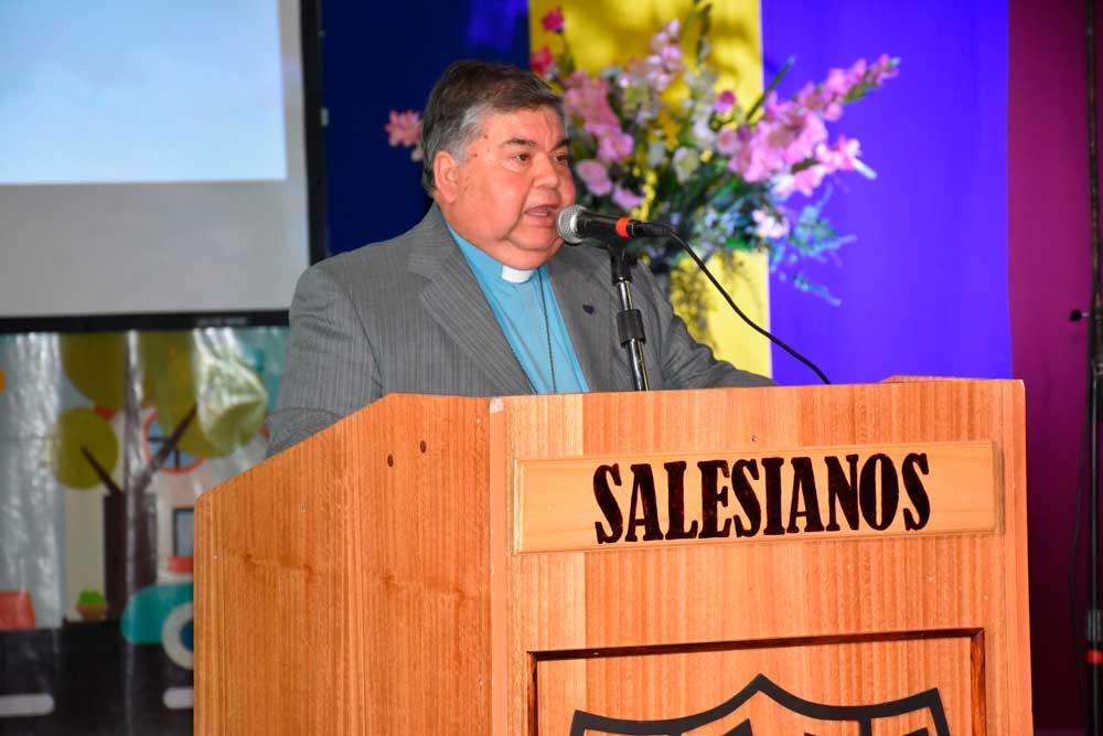 Centenario del liceo Mons. Fagnano de Puerto Natales