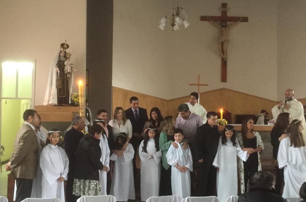 Primera Comunión en la Parroquia Santa Teresa de los Andes