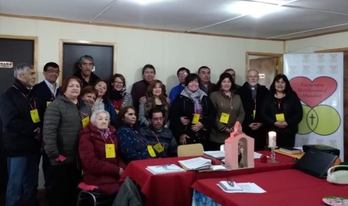 Jornada de encuentro matrimonial en Punta Arenas