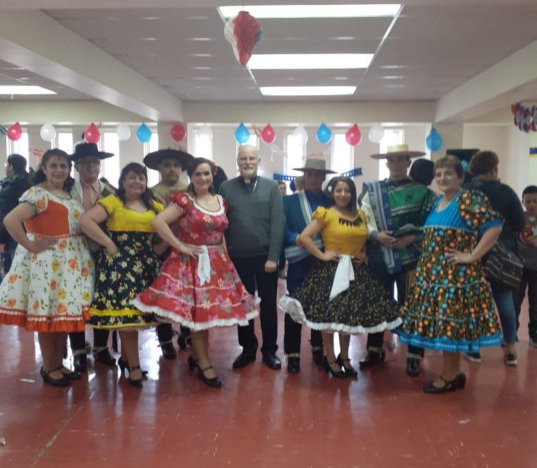 Hermosa celebración de fiestas patrias con migrantes organizó la pastoral social